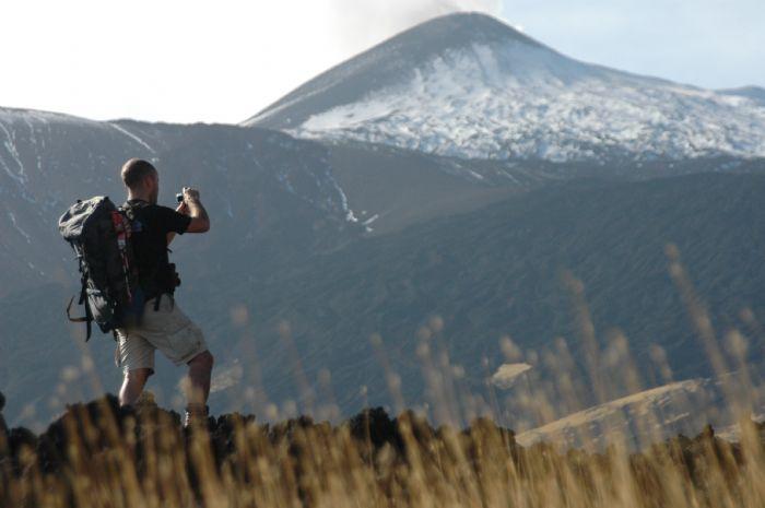 Senderismo en los volcanes de Sicilia. Foto Daniel Dietz