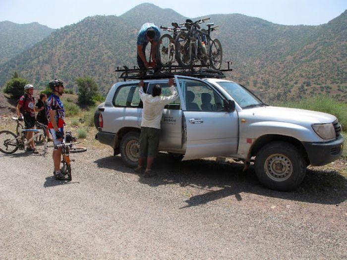 Atlas Central en Bicicleta de Montaña. Foto Brahim Lamkhantar