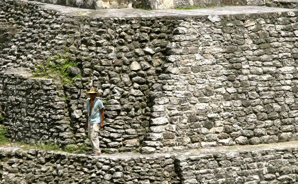 Guatemala - Templo Topoxte. Foto Tomas Flores