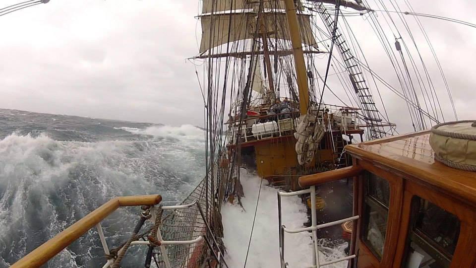 Oceano Antártico - Fuerza 10 en Scotia Sea. Foto Manuel Rius