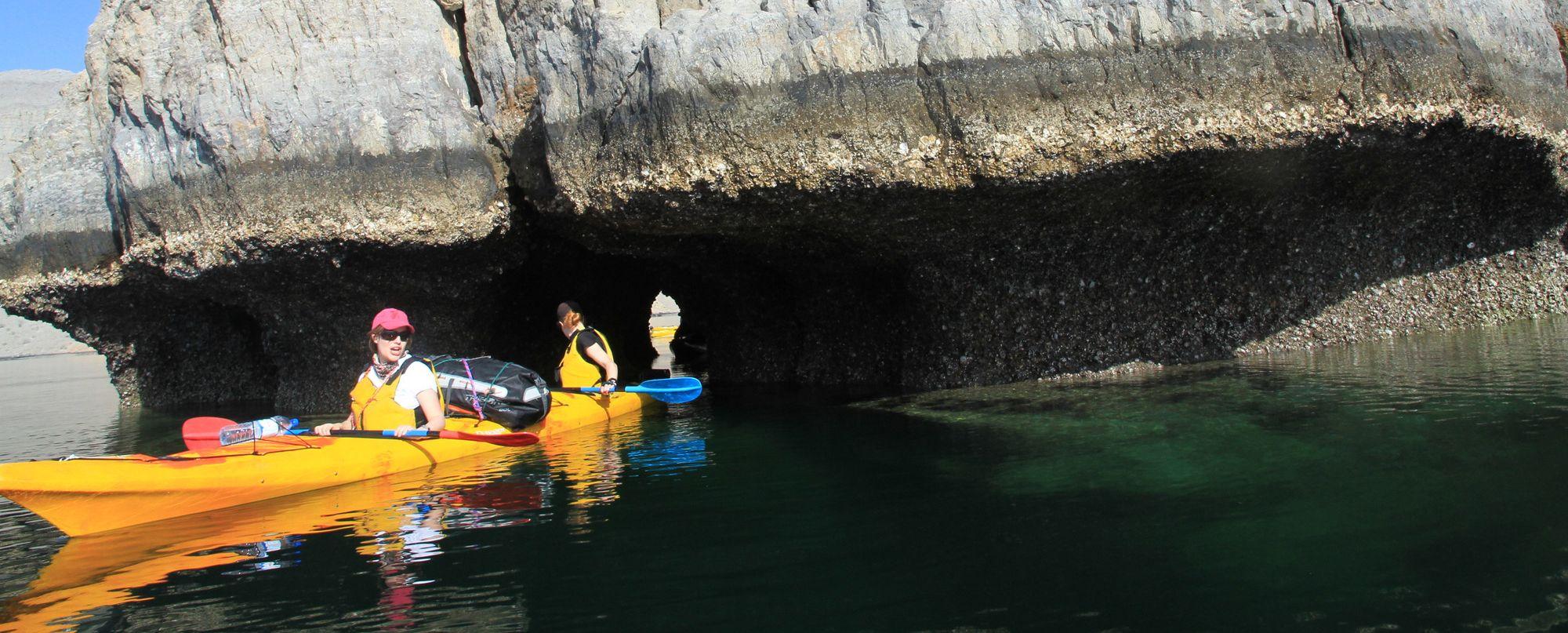Omán -  Navegando en kayak por los fiordos de Omán - Especial Semana Santa