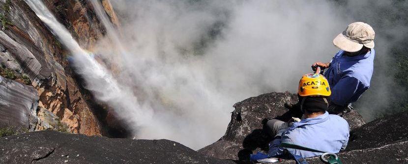 Venezuela -  Trekking Auyantepuy con rappel Salto del Angel - Salidas: 13 Nov i 18 Dic 2.015 / 6 Feb 2.016