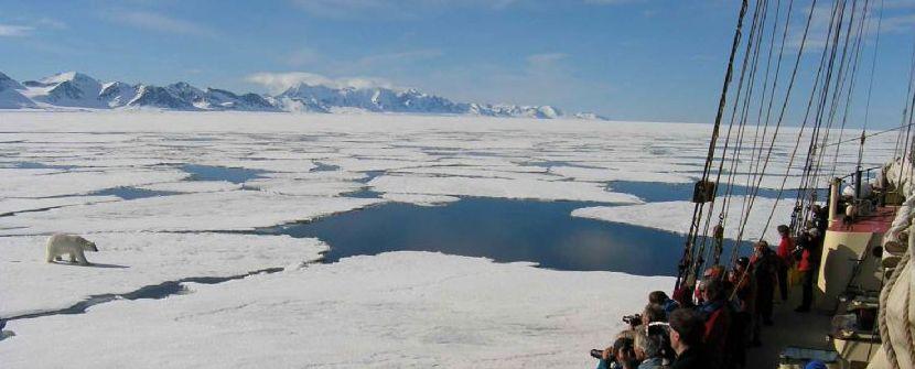 Spitsbergen a bordo del velero Noorderlicht  – Salidas de JUN a SEP