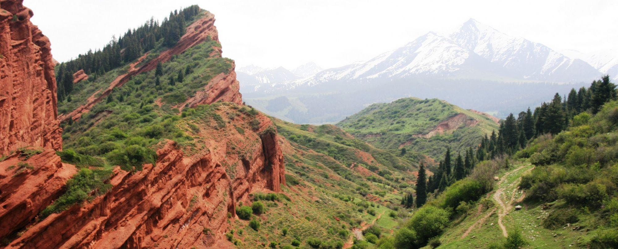Kyrgyzstán -  Cruzando las tierras altas de Kyrgyzstán - Especial Semana Santa