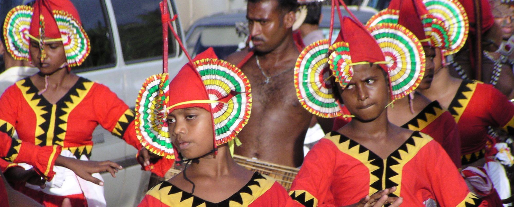 SRI LANKA -  Especial Festival Esala Perahera - Salida 13/8